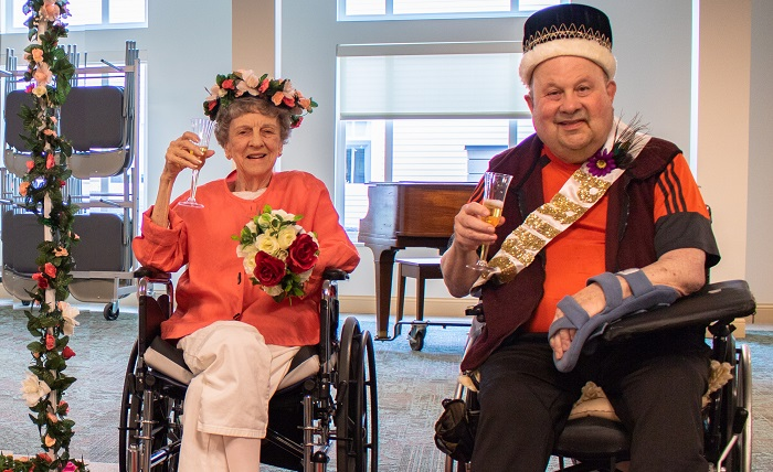 The Kind and Queen of Cedar Sinai Park's Rose Festival Celebrations